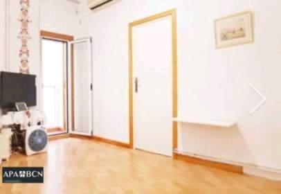 Apartament a Carrer Gran de Sant Andreu, prop de Passeig de Santa Coloma