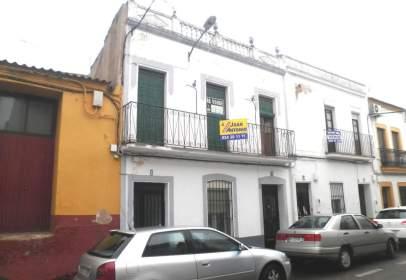 Casa pareada en calle Toledo, nº 1