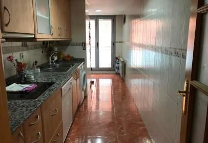 Apartamento en Carrer Princep de Viana, cerca de Avinguda Prat de la Riba