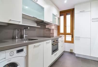 Apartamento en calle Pérez de La Sala, nº 37