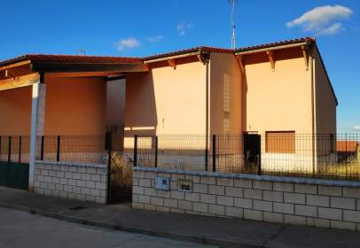 Casa en calle de Campillo