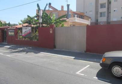 Land in calle Marcelina, nº 16
