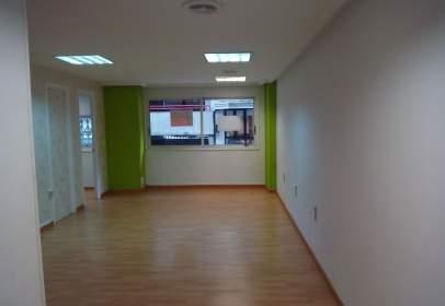 Oficina en calle María de Berdiales, nº 7