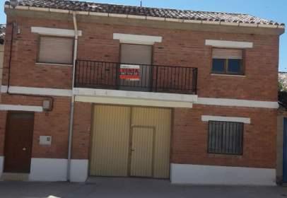 Casa en calle Gatopardo, nº 2