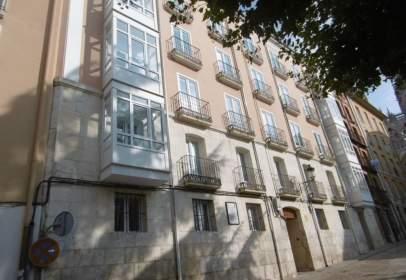 Edificio en calle Santa Agueda- Junto A La Plaza de La Catedral, nº 6