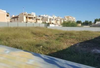 Land in Playa de los Locos