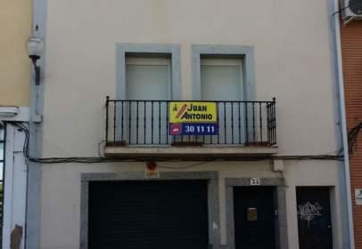 Casa pareada en calle Graciano, Mérida, nº 31