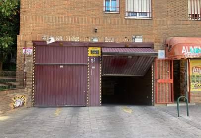 Garage in calle de Dulcinea