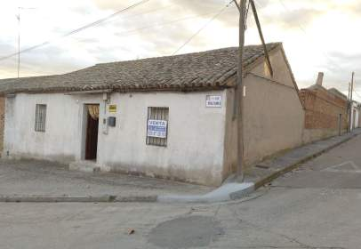 Rural Property in calle Miraflores, nº 34