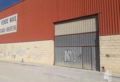 Industrial building in Carrer del Riu Segura, nº 5