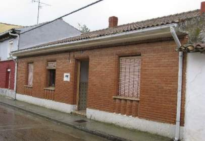 House in Piña de Campos