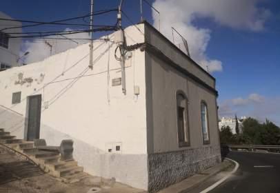 Casa aparellada a Pasaje El Búcaro, nº 2