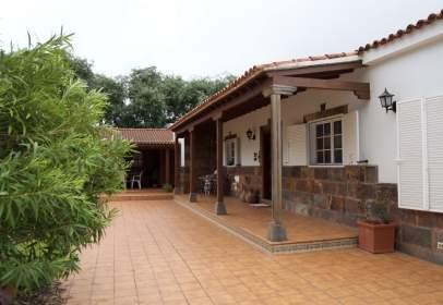 House in calle Santa Cristina, nº 84