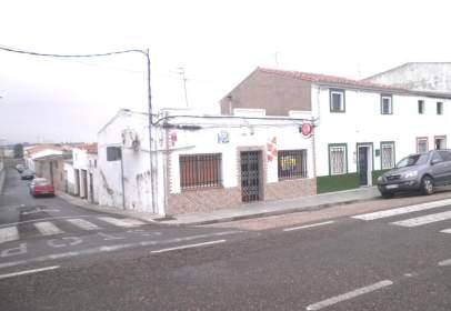 Local comercial a calle Pablo Neruda, nº 48