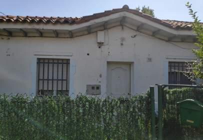 Casa adosada en calle del Estadillo, 14