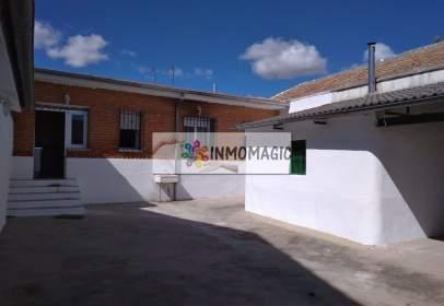 Casa aparellada a Santa Cruz del Retamar