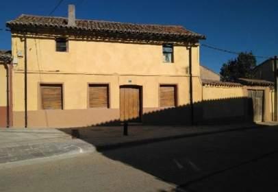 Casa a Becerril de Campos