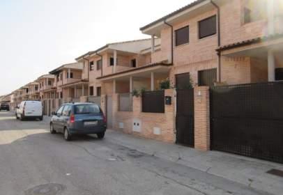 Casa aparellada a calle Seseña, prop de Calle del Cerro de la Horca