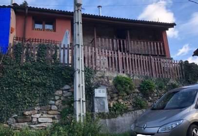 Casa a calle Bustiello