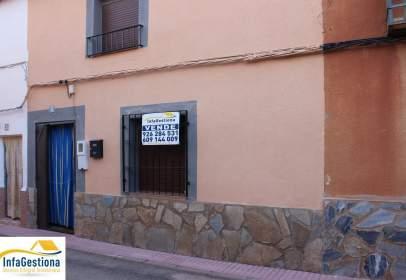 Casa adosada en calle del Príncipe de Asturias, nº 5