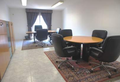 Office in calle de Sant Jaume, Granollers, nº 14