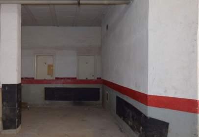 Garatge a calle de la Encina