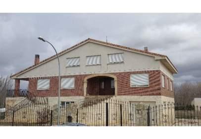 Casa en Melgar de Yuso