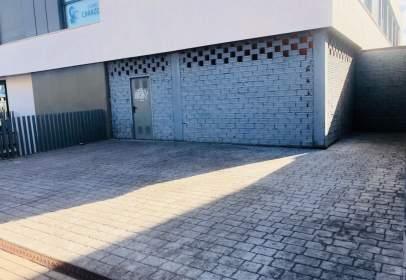 Local comercial a calle de Caleruega