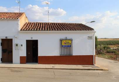 Paired house in calle Ejido, nº 31