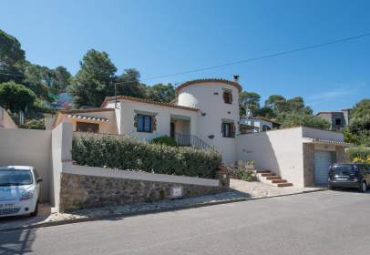 Casa en calle de Joanot Martorell, nº 3