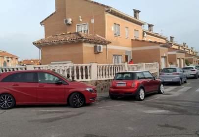 Casa pareada en calle Sierra de Cazorla