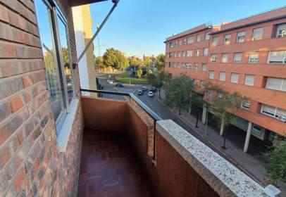 Apartment in Ronda de la Ciruela, 26