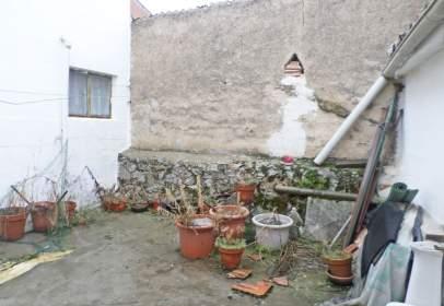 Casa pareada en calle Boalito