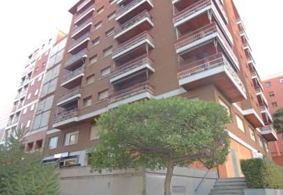 Apartament a calle de Sigüenza, 13