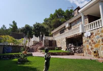 Casa en calle Nueva Sierra, nº 9