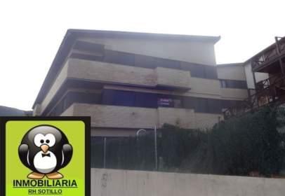Apartament a Carretera de La Iglesuela, nº 1