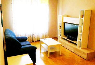 Apartament a calle de Zumalacárregui