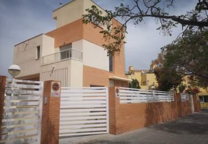 House in calle Clara Campoamor