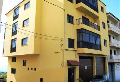 Apartamento en calle Cecilio Montes