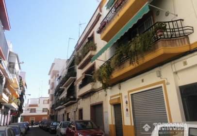 Flat in calle Enrique Mensaque