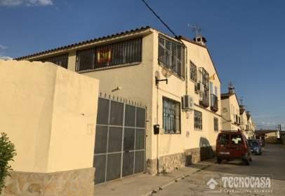 Casa pareada en calle San Luis Gonzaga