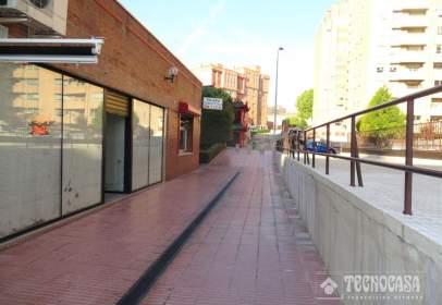 Commercial space in calle Prof. Adolfo Miaja de La Muela