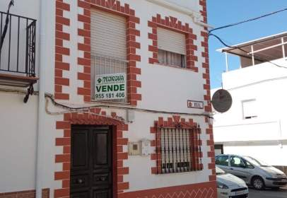 Paired house in calle del Rosal