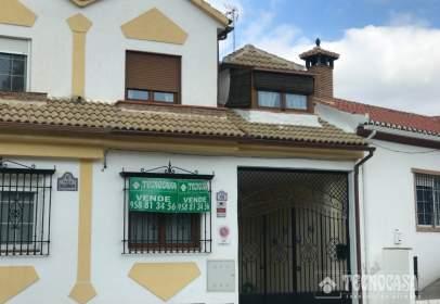 Casa adosada en Beas de Granada