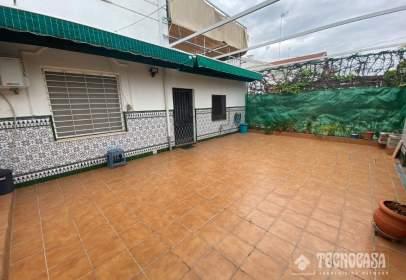 Casa adosada en Avenida de las Ciencias-Emilio Lemos
