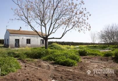 Rural Property in Carretera El Hornilllo