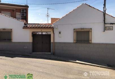 Casa unifamiliar en calle de Caño