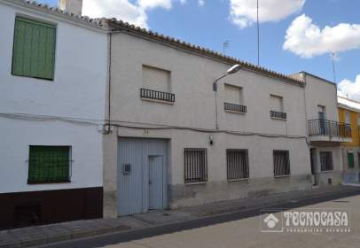 Paired house in calle de Tercia