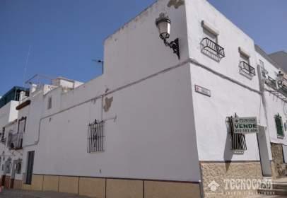 Casa aparellada a calle de los Guarnicioneros