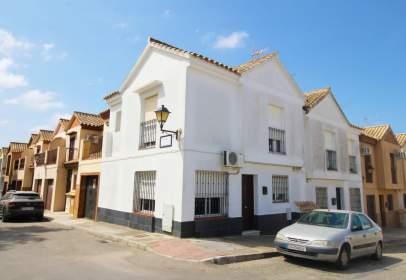Casa adosada en La Banda-Campo de Fútbol